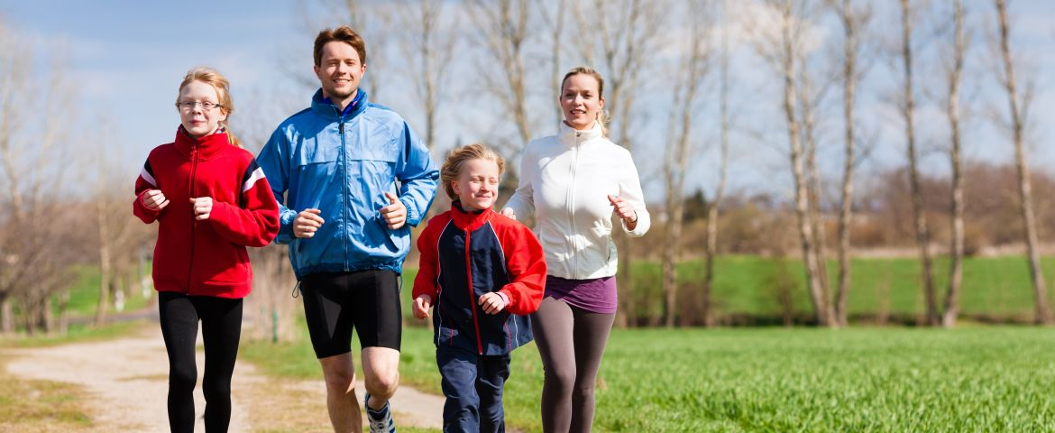 How to Keep your Kids Active: Create a Fun Family Fitness Calendar