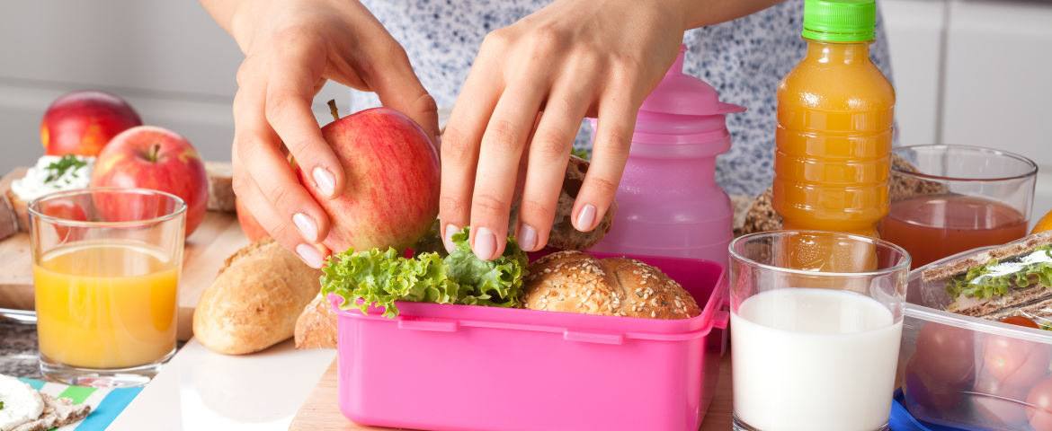 7 Tips to Packing a Healthy Lunch for Your Child