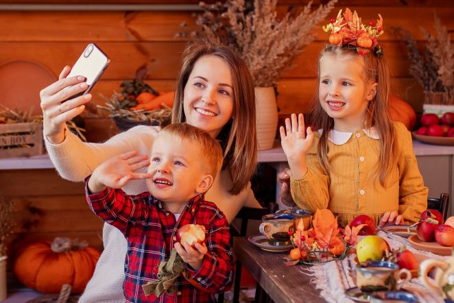 5 Tips to Promote a Healthier Holiday Eating Season