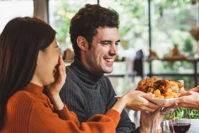 10 Tips to Keep Table Talk Positive This Thanksgiving